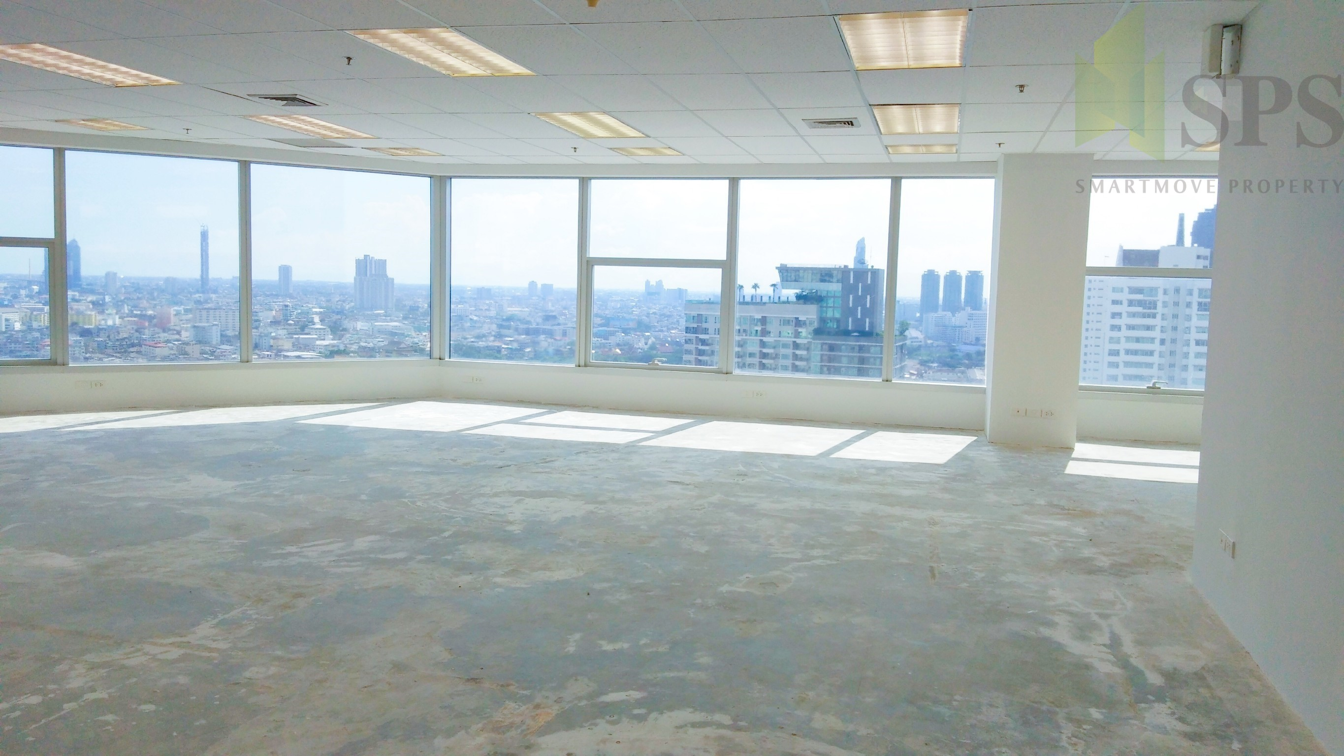 Office Space Building For Rent At Empire Tower Sathorn ออฟฟิศ