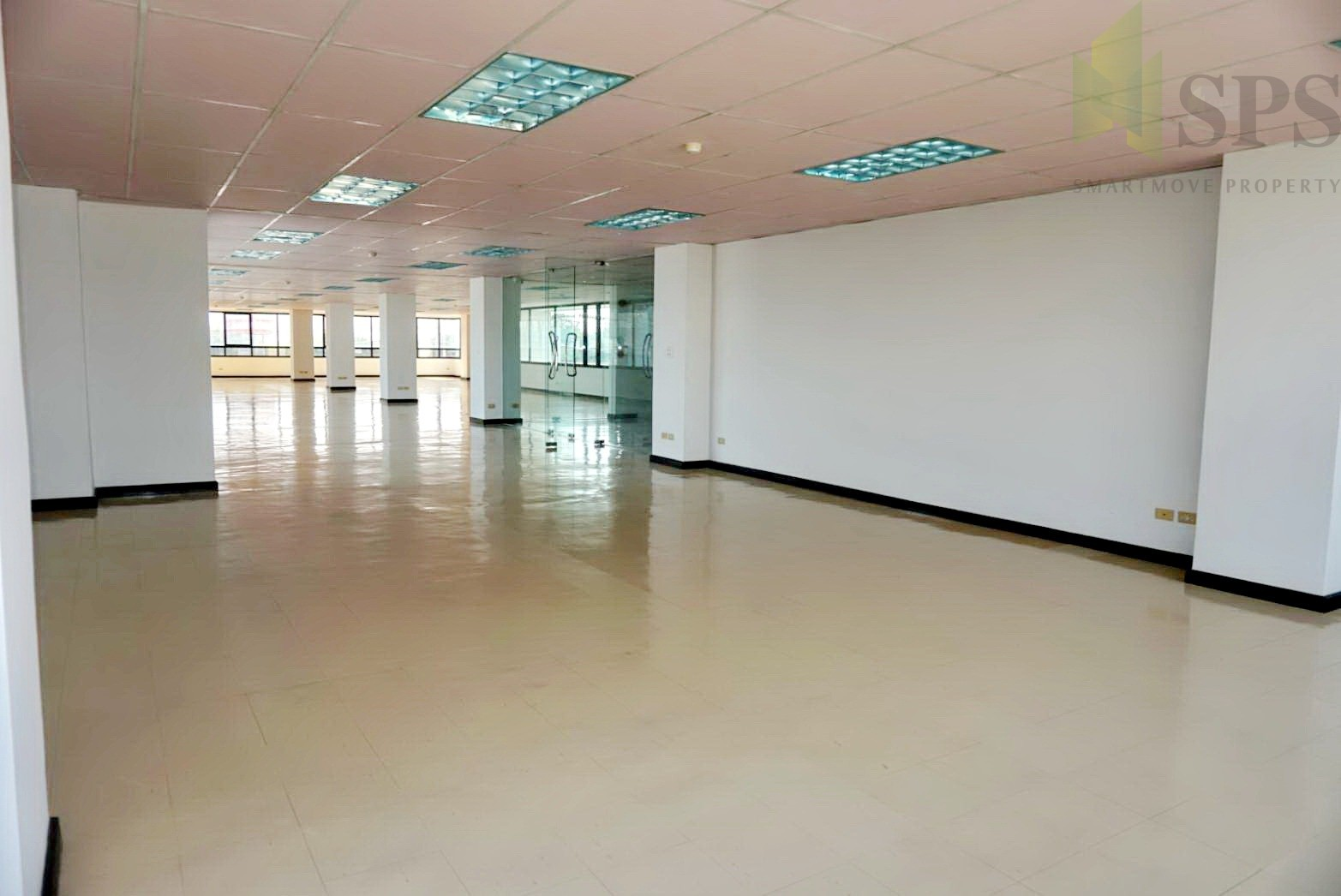 Office Space Building at Kumthorn Building Rama 3 for RENT พระราม 3 พื้นที่สำนักงานให้เช่า (SPSCS050)