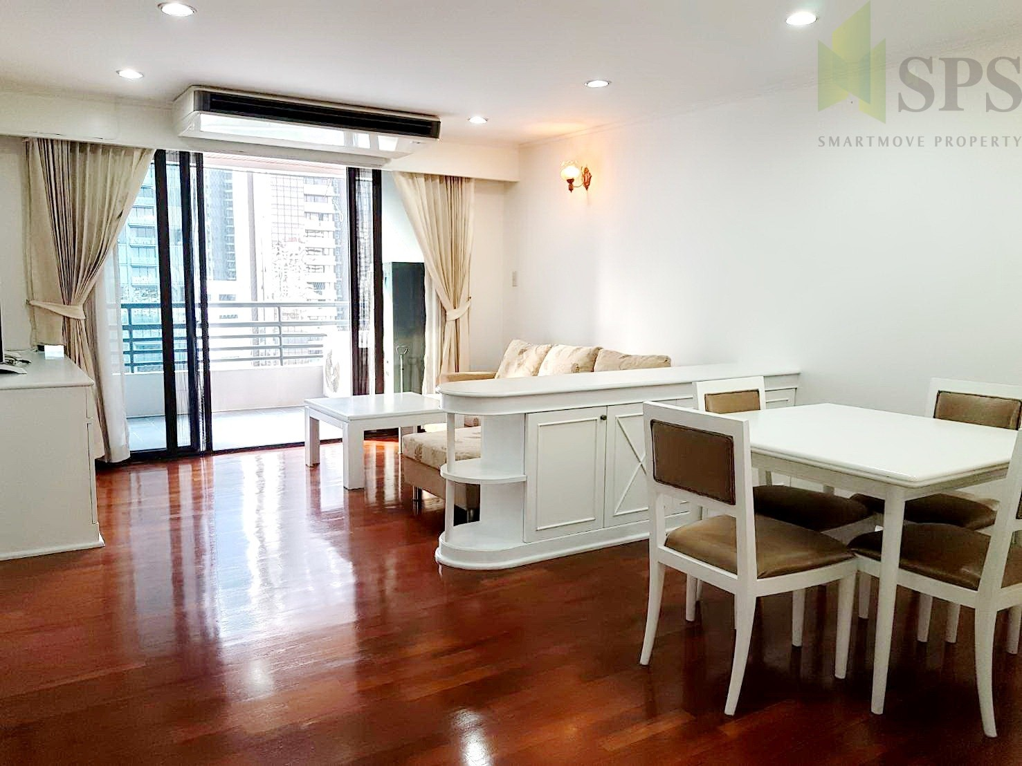 2 Beds at Acadamia Grand Tower for RENT (SPSCS043)