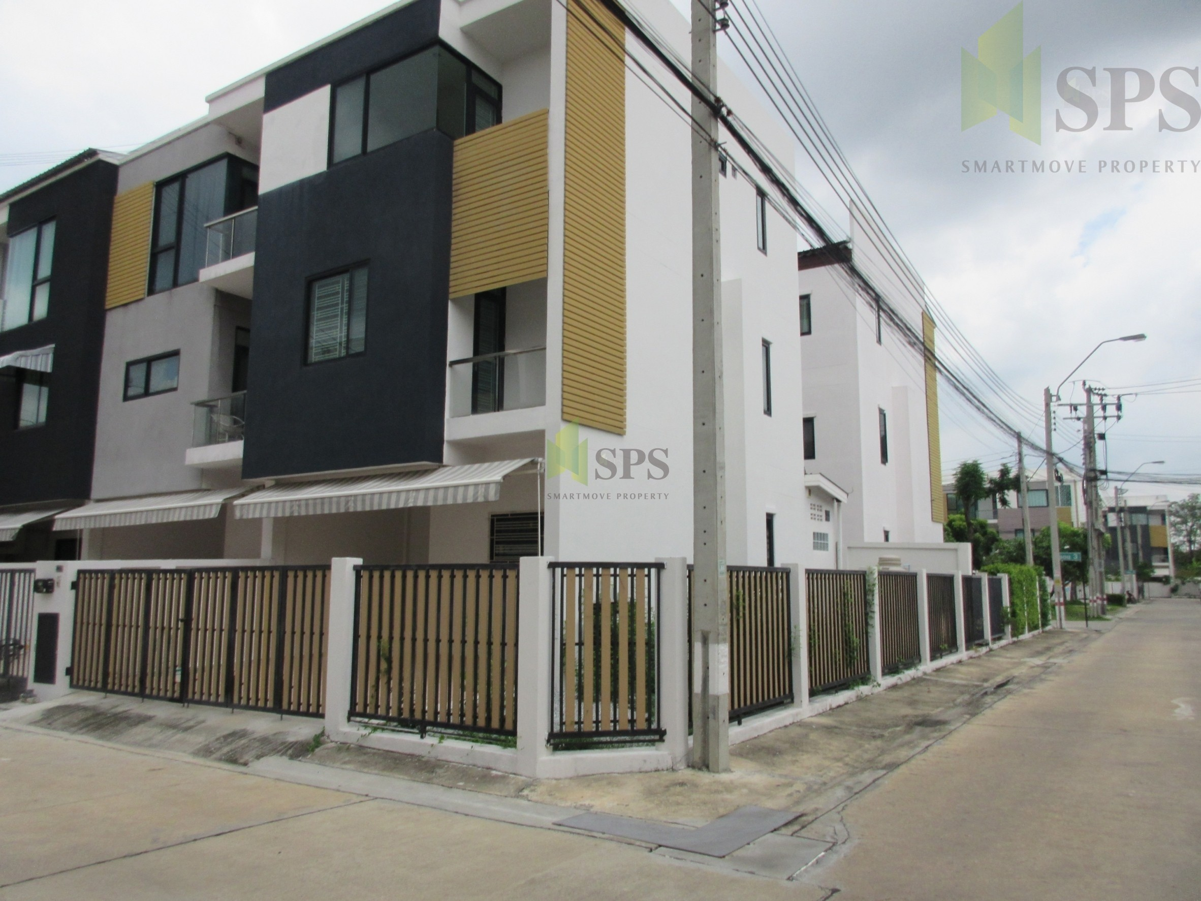 For Sale Townhome Sarin Wiz Bearing 22(SPS-GH63)