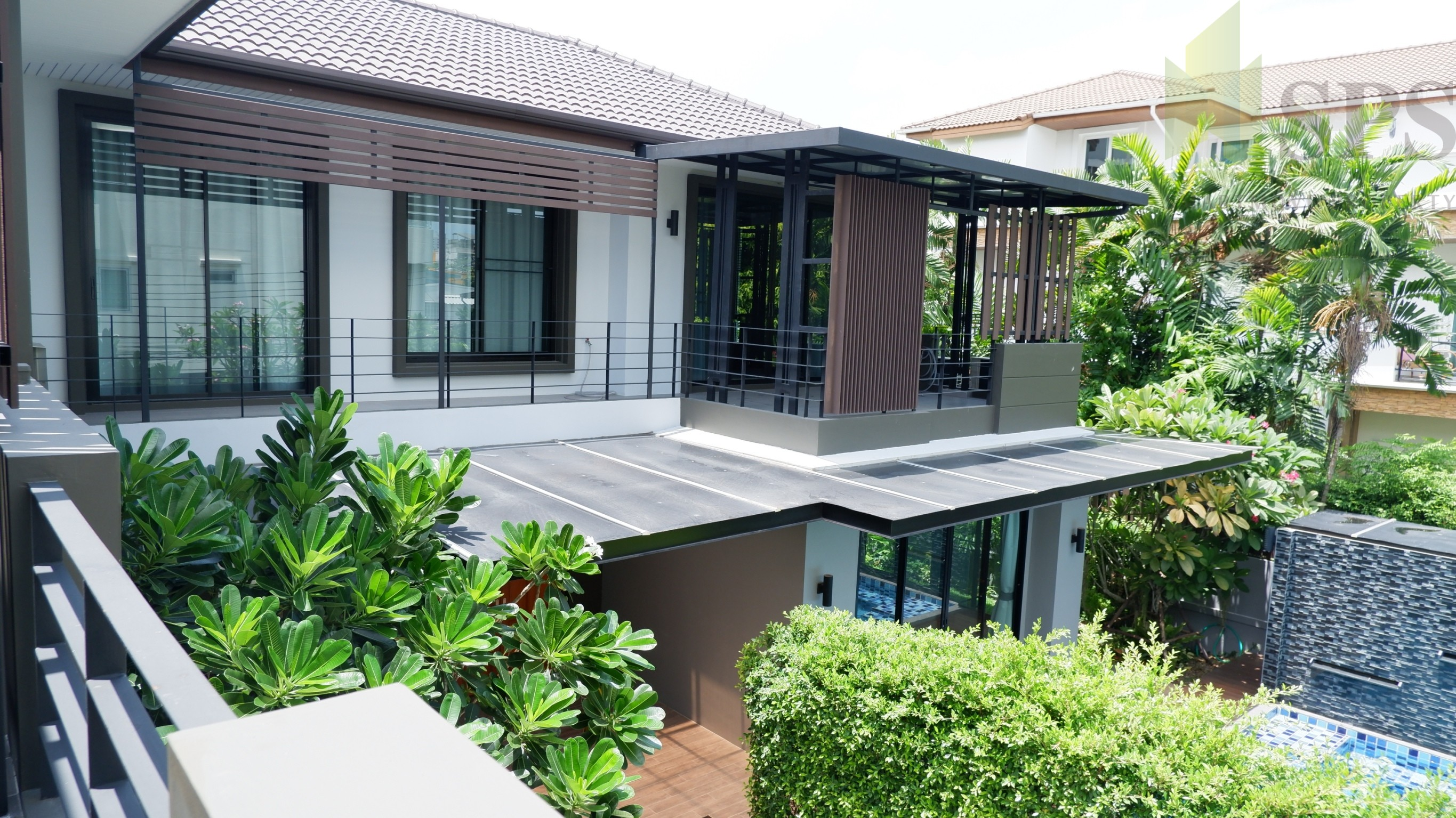 Sale Single house 4 beds Sukhumvit 71 newly renovated (SPS-PP130)