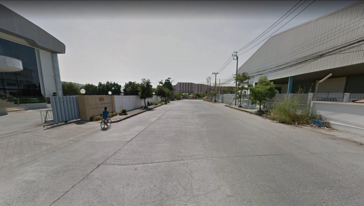Street Width 20 meter