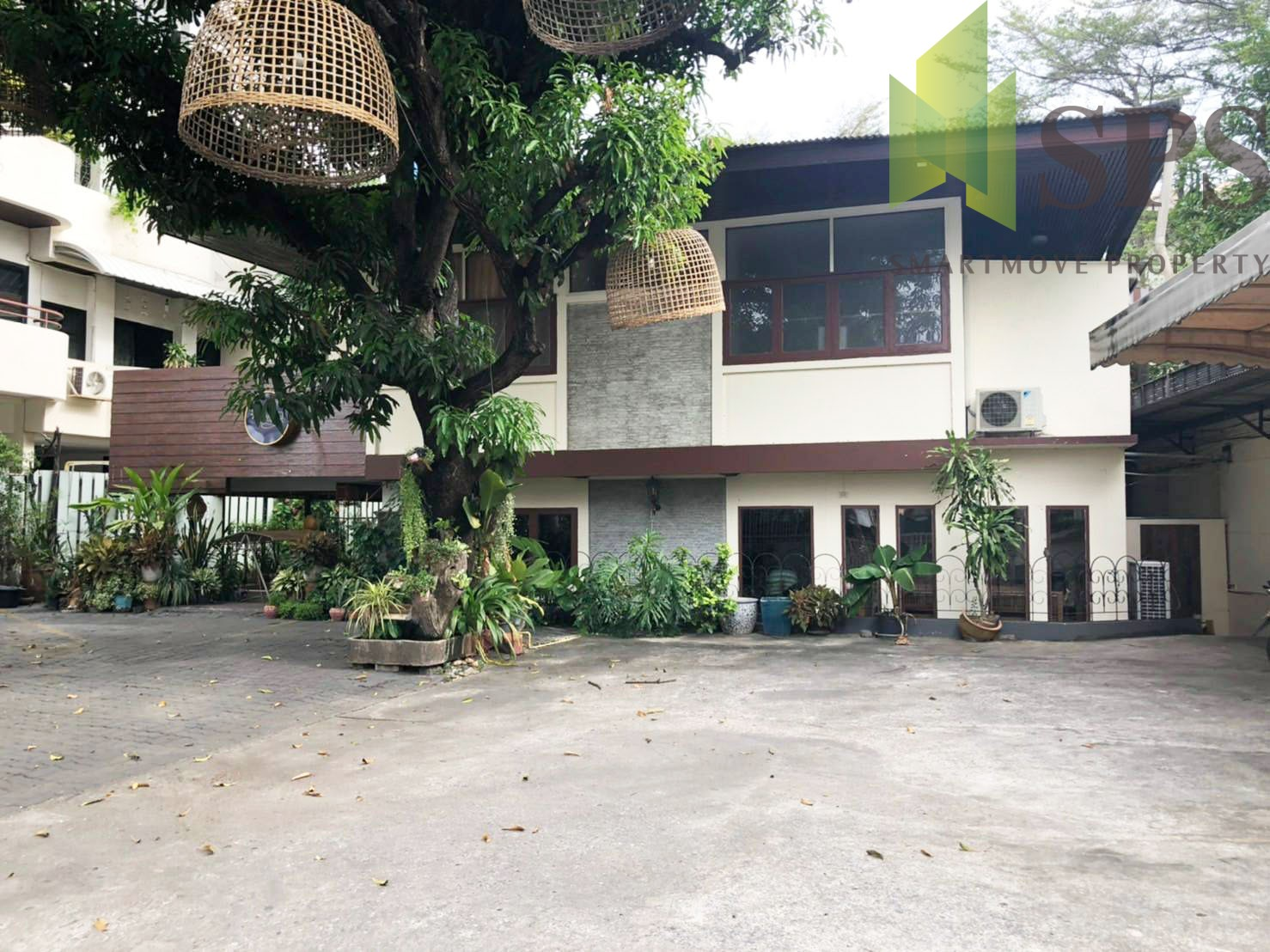 House Stand -alone in Sukhumvit 65 for RENT (SPSP216)