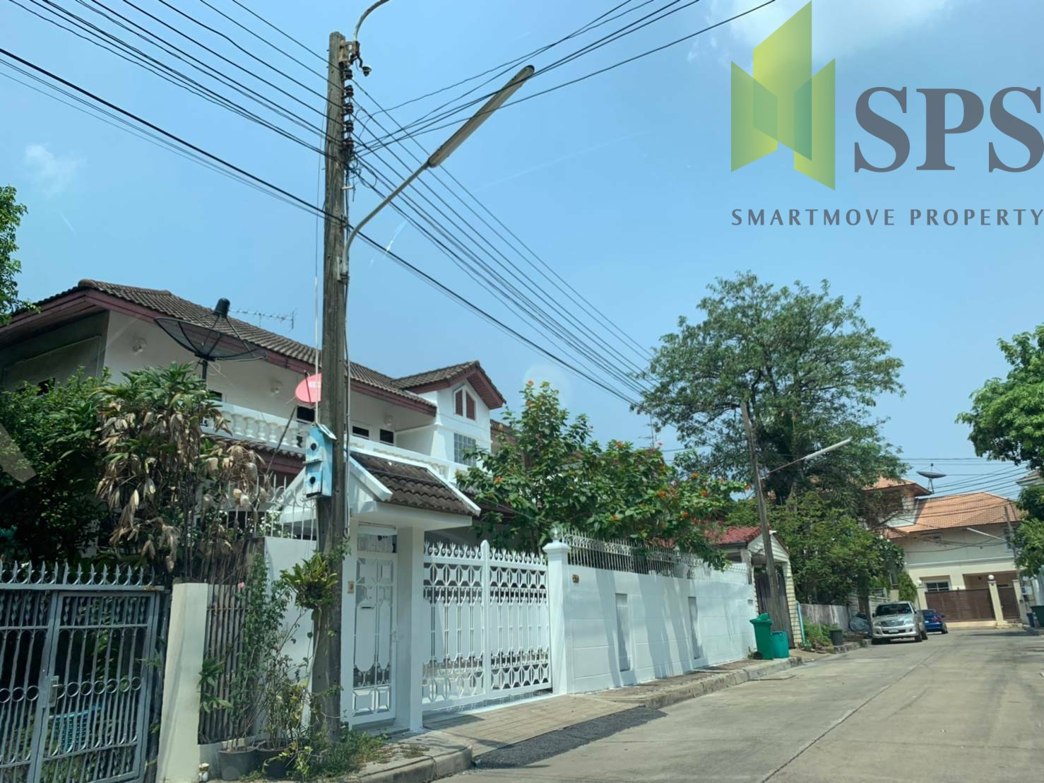 Single Detached House for RENT in Phakamat Village Soi Sukhumvit 71 (SPSP222)
