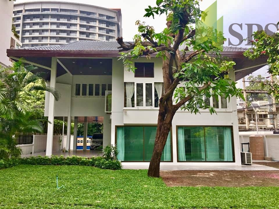For Rent Single House Newly renovated unfurnished at Soi Ruamrudee (Property ID: SPS-PA191)