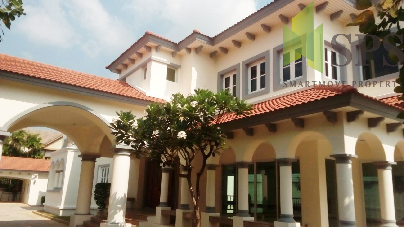 For Sale Single House with Private Swimming pool Laddarom Ekkamai – Ramintra (Property ID: SPS-PPA284)