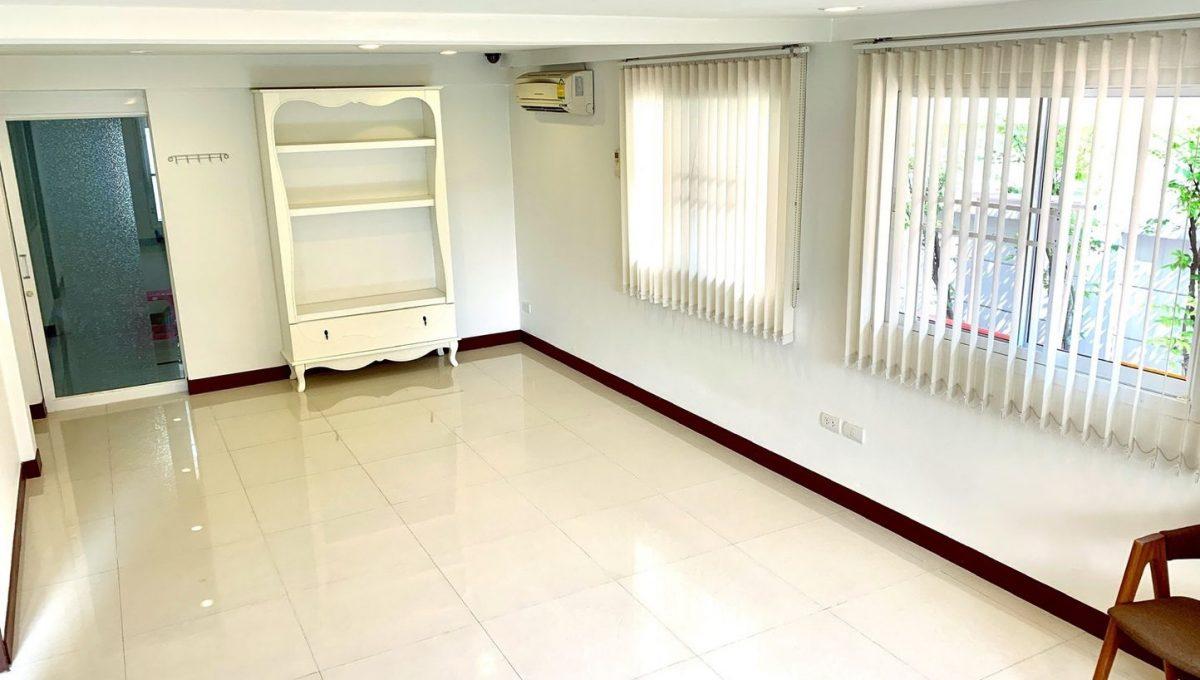 HOME OFFICE เสนานิคม -14