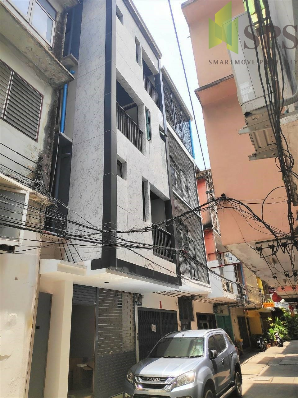 For Rent Home office / Commercial at Silom Near BTS Surasak (Property ID: SPS-PA266)