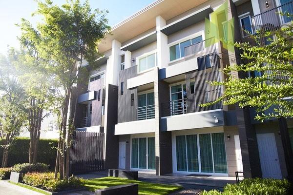 For Rent Townhome Town Avenue Rama 9 ให้เช่าทาวน์โฮมทาวน์อเวนิว พระราม 9 ( SPSPE348)