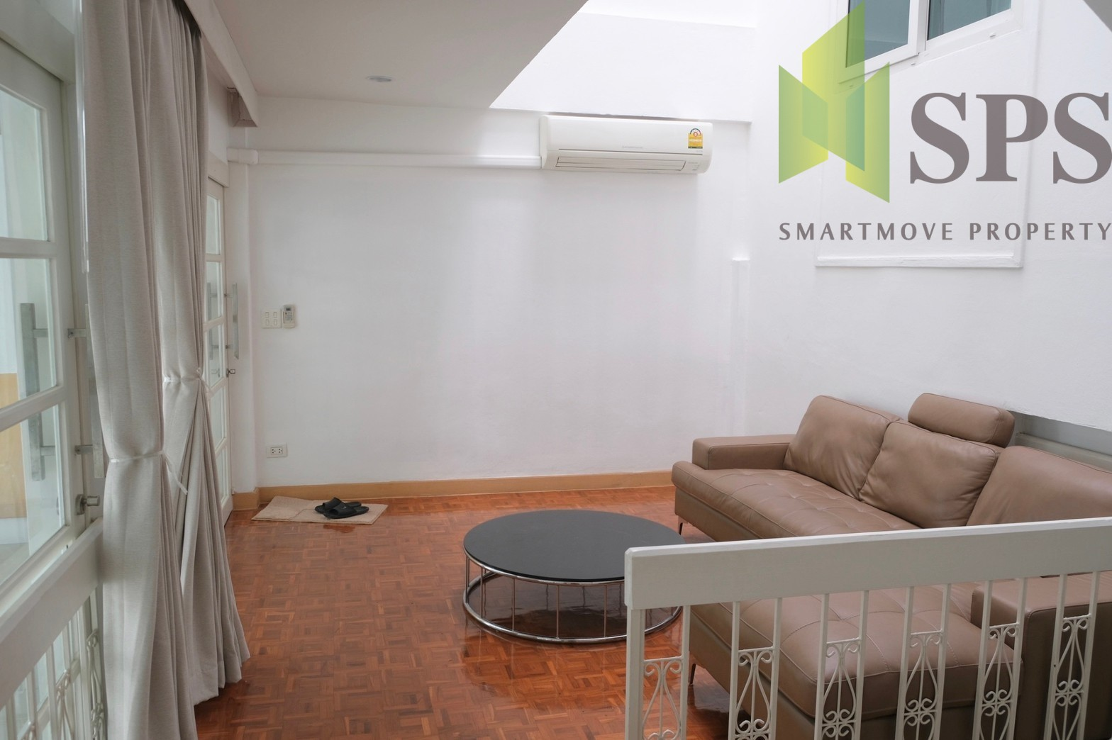 Home office townhome Sukhumvit 38 (SPS-GH564)