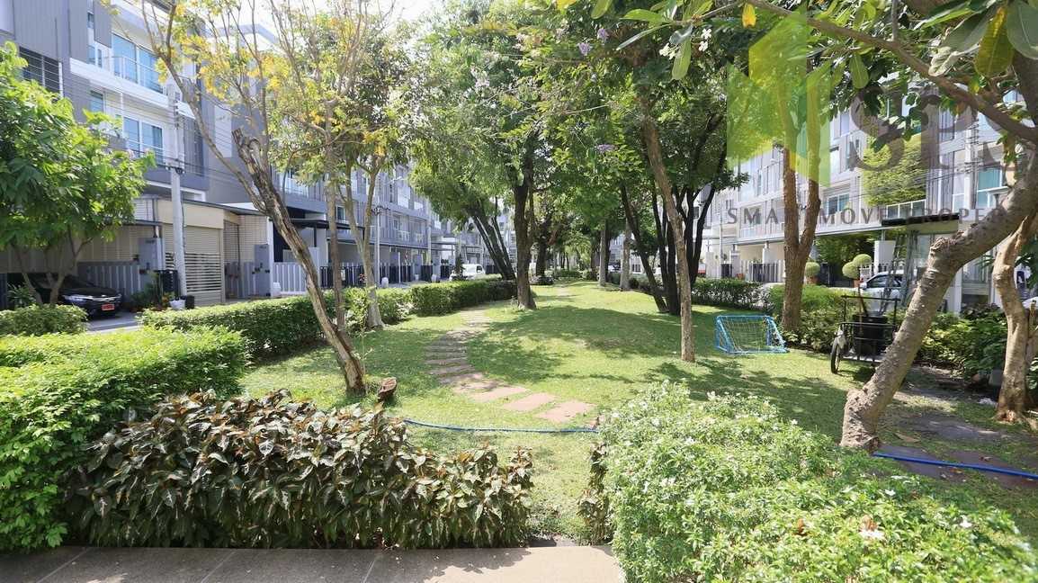 0030-Space-Lat-Phrao-24-03-2020