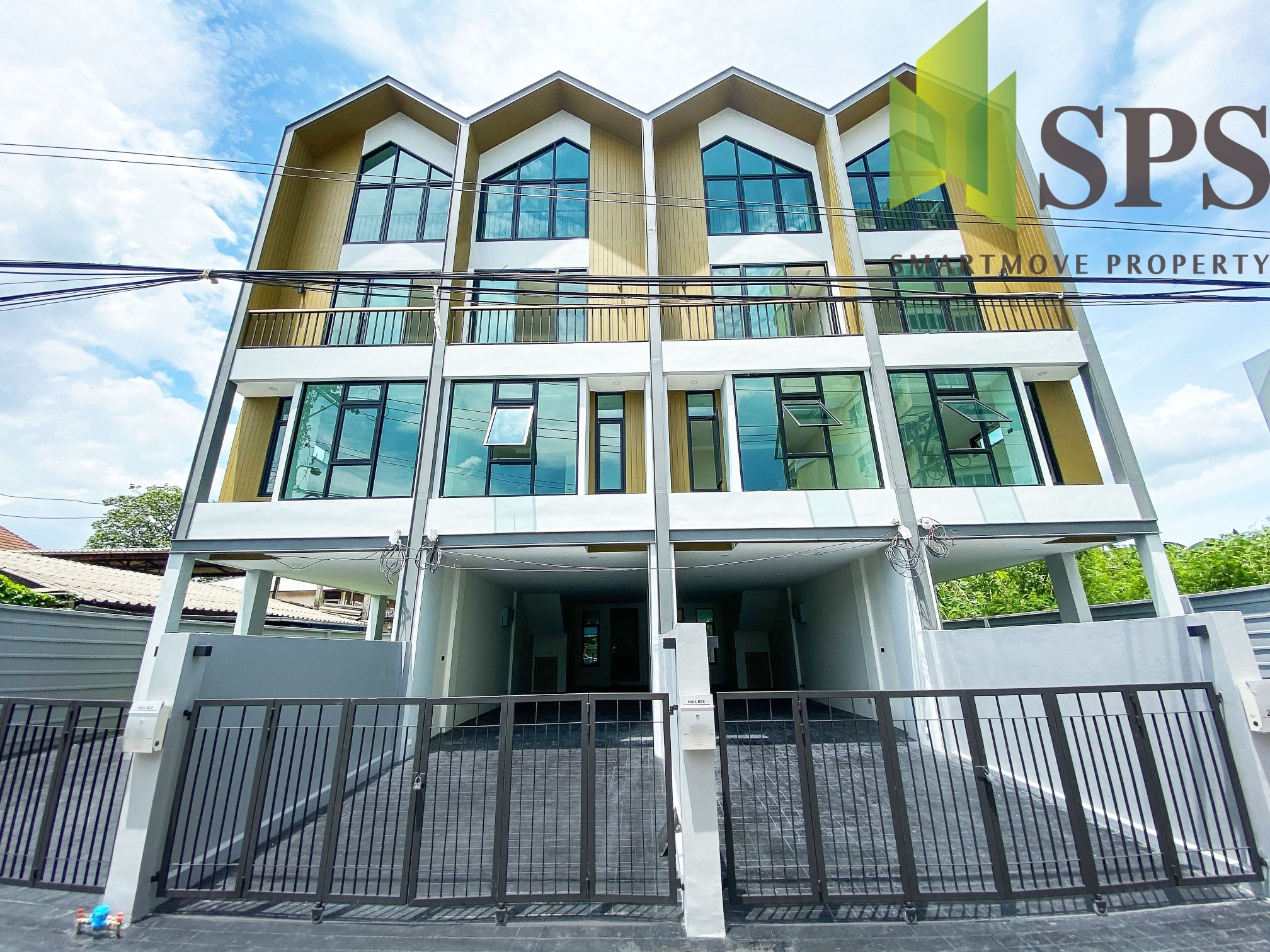 Home Office Sukhumvit 101/1 (SPS-GO490) Last unit