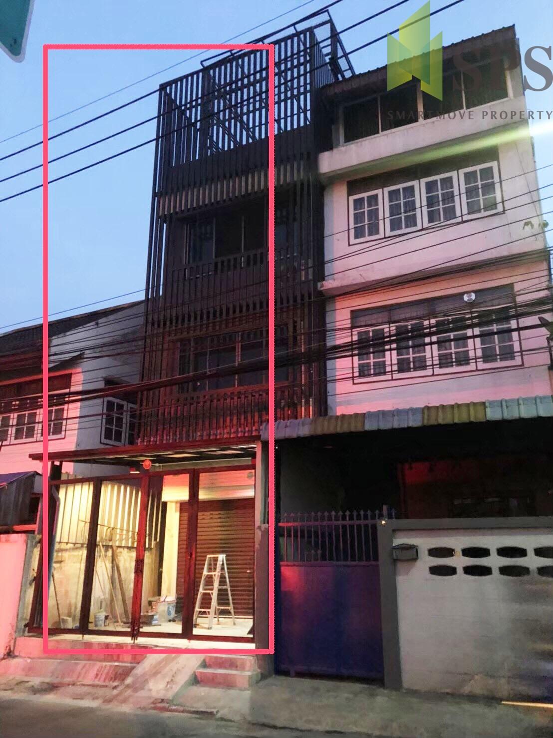 Home office Building Sukhumvit 62 บ้านเป็นตึก 3ชั้นครึ่ง มีชั้นดาดฟ้า (SPS-GH644)
