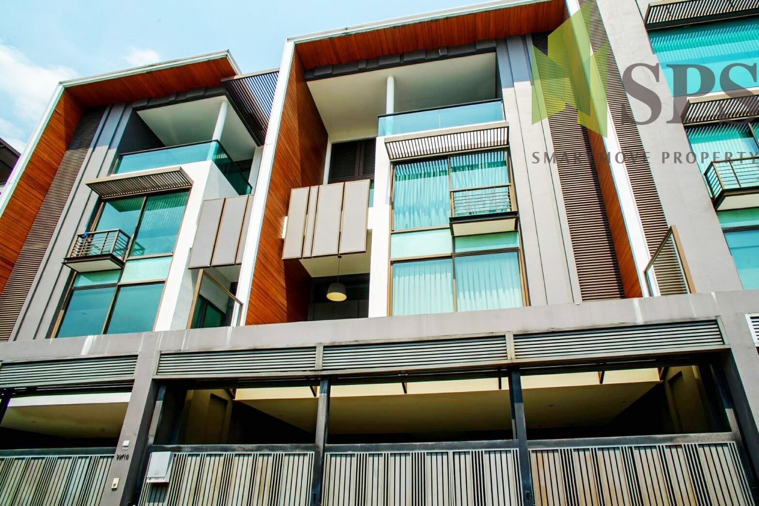 Super Luxury Town Home EkKamai by Sansiri (SPS P264)