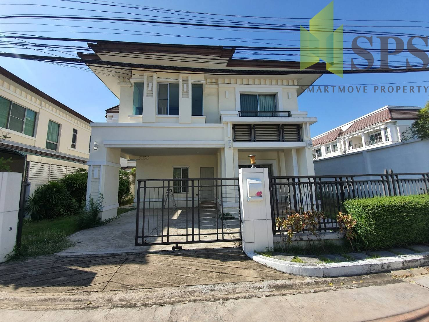 Single house for RENT in The Centro Sukhumvit 113 (เดอะ เซนโทร สุขุมวิท 113) near BTS Bearing (SPS P278)