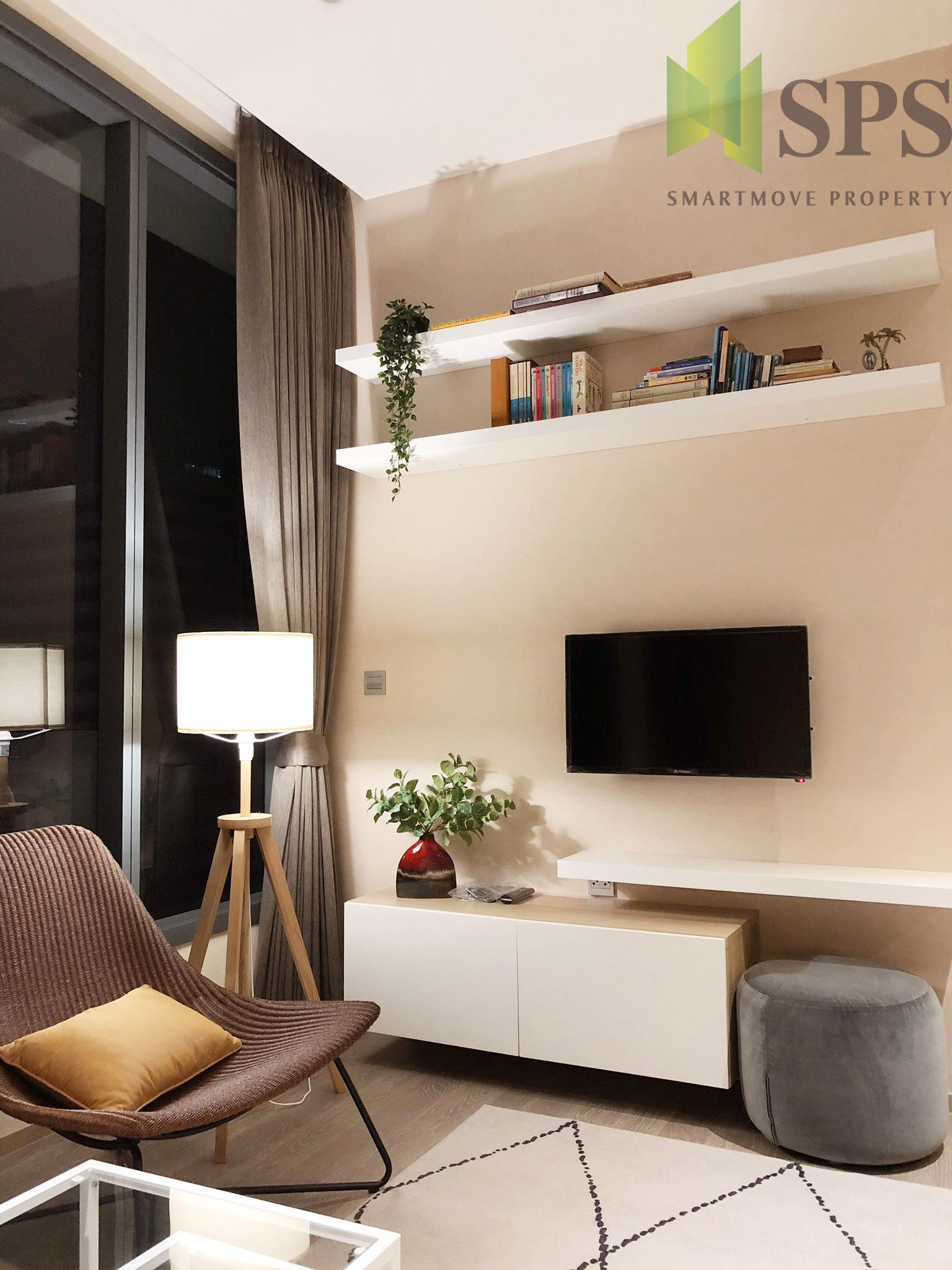 FOR RENT!!!! The Esse at Asoke Contemporary Modern style Ready to move in!!!! (SPS-LN-ESSE-AK17)