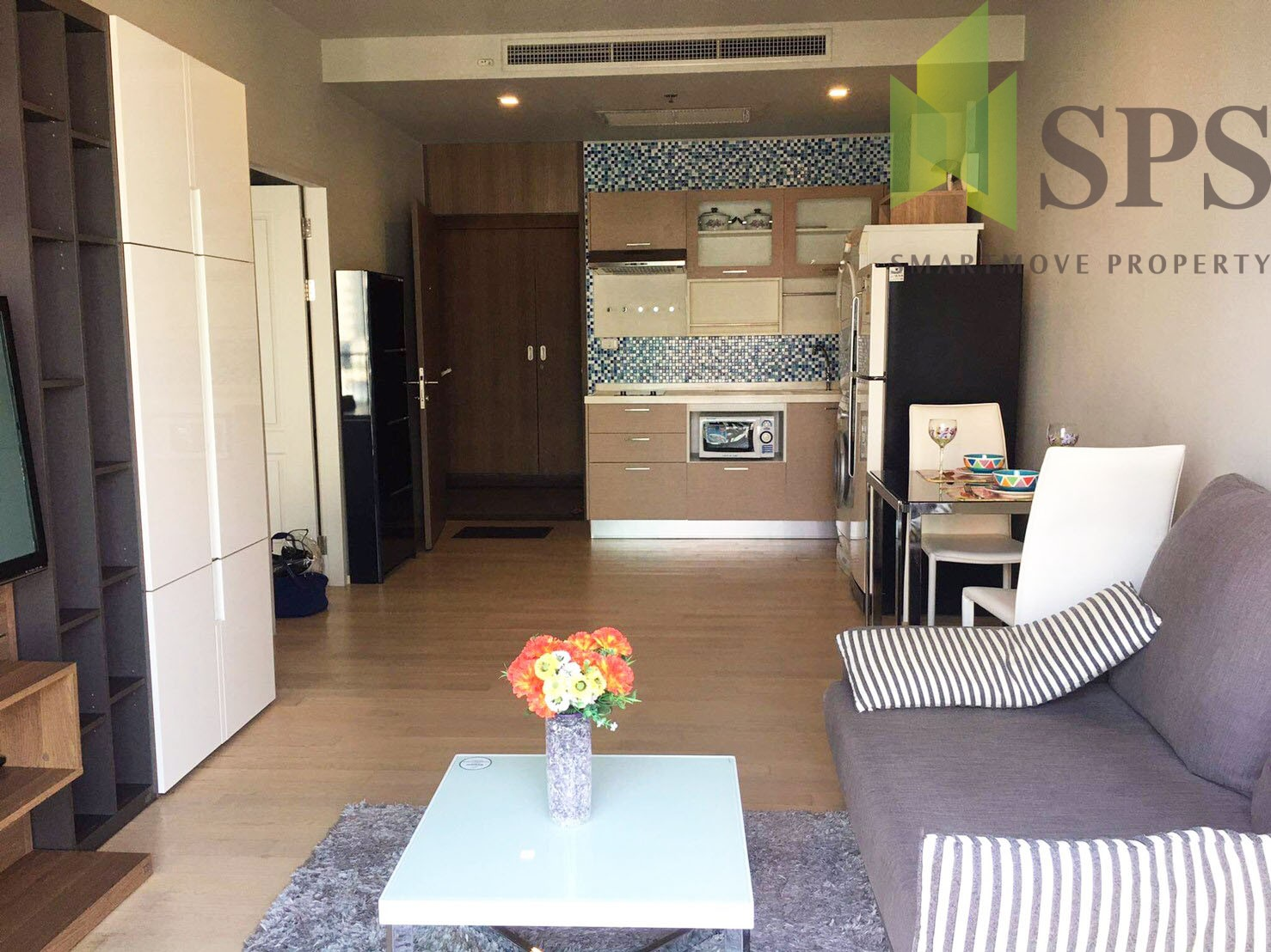 FOR RENT!!!! NOBLE REFINE SUKHUMVIT26 Ready to move in!!! 300M from BTS PHROMPONG (SPS-LN-NB26-16)