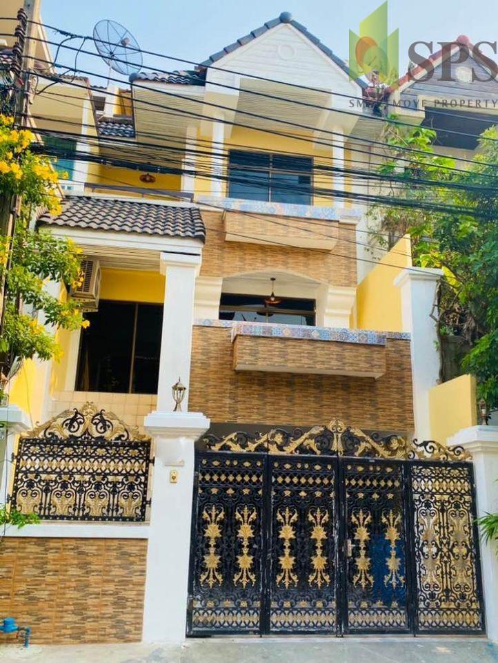Townhome Royal Nakarin Villa Sukhumvit 77 Onnut46 หมู่บ้านรอยัลนครินทร์ วิลล่า สุขุมวิท 77 ซอยอ่อนนุช 46 (SPS-GH981)